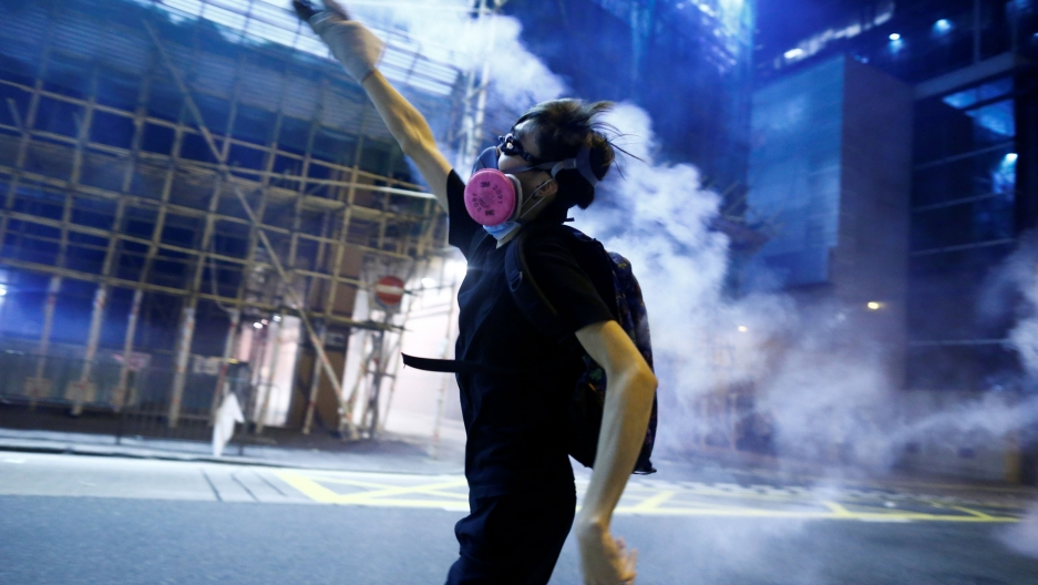 Hong Kong Protest Leader Hopes to Incite Run on Chinese Banks