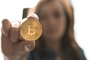 holding-bitcoin